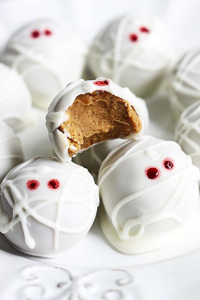 Pumpkin Cheesecake Truffles